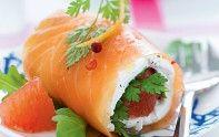 La saveur légèrement acidulée du pamplemousse nuance agréablement celle du saumon et du fromage de chèvre dans cette entrée. Sublime !