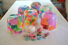 Kids make colorful lanterns from giant mayonnaise jars. Kids make colorful lanterns from giant mayonnaise jars. Recycled Crafts Kids, Recycled Art Projects, Projects For Kids, Diy For Kids, Craft Projects, Crafts For Kids, Arts And Crafts, Fun Crafts, Preschool Crafts