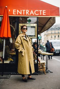 The Best Street Style Looks From Paris Fashion Week Spring 2018 - Fashionista