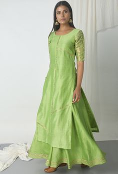 Pleasing Pista Green Lehenga Kameez Set Kurta Designs, Blouse Designs, Dress Designs, Indian Attire, Indian Ethnic Wear, Indian Dresses, Indian Outfits, Old Fashion Dresses, Green Lehenga