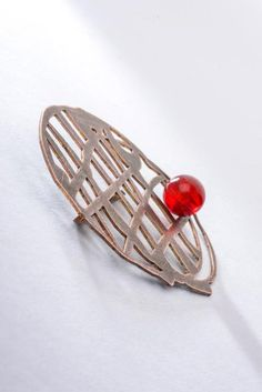 Cherry and chocolate broch - Materiaprimadesign