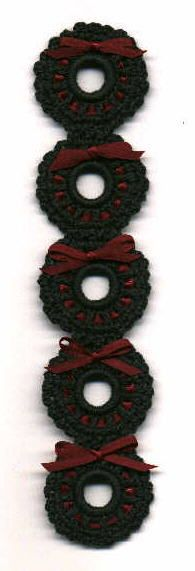 Christmas Wreath Bookmark - individually, these would make cute earrings, pins, etc. - k