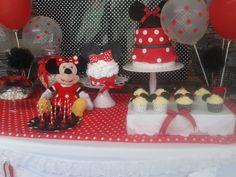#MinnieParty table fiesta de minnie festa Minnie mesa doce
