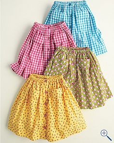 Looks vintage. This is the cutest summer skirt I've seen.- Looks vintage. This is the cutest summer skirt I've seen. Looks vintage. This is the cutest summer skirt I've seen. Diy Clothing, Sewing Clothes, Men Clothes, Little Girl Dresses, Girls Dresses, Girl Skirts, Fashion 90s, Diy Kleidung, Shirt Skirt