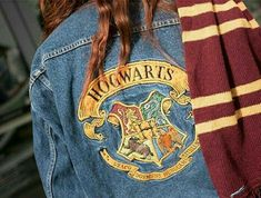 #harrypotter #potterhead #griffyndor #slytherin #ravenclaw #hufflepuff #hogwarts #magic #wizard #witch #fashion