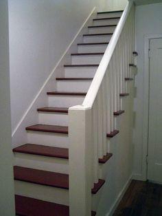 schody wewnętrzne -zmieniajac kolor stoppni na inny- są dla nas idealne.Pozostaje pytanie jaką balustradę dobrać do antresoli?