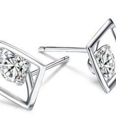 http://www.boutiquebubu.com/product-category/earrings/?show_products=all