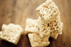Kellogg's has discontinued its gluten-free Rice Krispies. Learn which rice cereals to substitute, plus how to make gluten-free rice crispies treats.