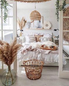 Cute Bedroom Ideas, Room Ideas Bedroom, Home Decor Bedroom, Bedroom Inspo, Ikea Boho Bedroom, Boho Bed Room, Bedroom Inspiration Cozy, Earthy Bedroom, Boho Chic Bedroom