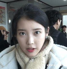 Iu Gif, Like U, Cute Stories, Kpop Aesthetic, Korean Singer, Kpop Girls, Kdrama, Idol, Beautiful Women