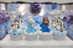 Frozen 3rd birthday party | CatchMyParty.com