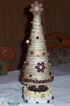 """Kávéfa"" - asztali dekoráció kúpos (blkati) - Meska.hu Decorative Bells, Quilling, Jute, Christmas, Crafts, Home Decor, Bedspreads, Xmas, Manualidades"