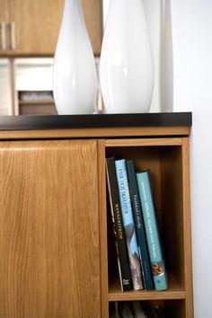 Eikekjøkken – Birka | Drømmekjøkkenet Floating Shelves, Liquor Cabinet, Storage, Interior, Kitchen, Furniture, Home Decor, Nature, Purse Storage