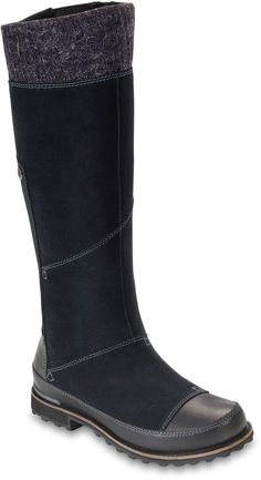 Find your way warmly and in one piece from the lodge to the ice rink with the waterproof, insulated women's Snowtropolis Tall boots from The North Face.