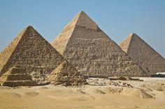 Las grandes Pirámides, Paquetes de tours de un día en Egipto. http://www.espanol.maydoumtravel.com/Tours-De-Un-D%C3%ADa-En-El-Cairo/6/1/134