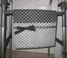 Black and White Daisy Trio Walker Bag Stands Out From The Rest! by SewCreativeNook on Etsy