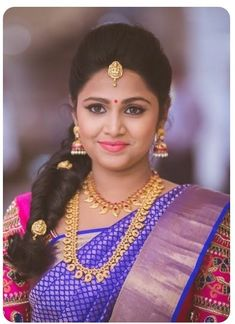 Shopzters is a South Indian wedding site wedding engagement hairstyles 2019 - New Bridal Hairstyle, South Indian Wedding Hairstyles, My Hairstyle, Bridal Updo, Bridal Makeup, Indian Hairstyles, Engagement Hairstyles, Bride Hairstyles, Bob Hairstyles