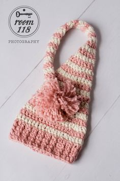 Long Tailed Baby Elf Hat Change this to red and white and you have a great Santa hat.....