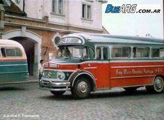 """LINEA 548 - La Empresa de Micro Omnibus Larroque discurre por el partido de Lomas de Zamora. De estación Banfield FFCC Roca a Va. Albertina. En 1940 inició sus actividades como línea 22 y su Razon Social se llamaba """"Micro Larroque"""" y luego se renumeró como 548 y pasó a tener el nombre de hoy. Mercedes Benz LO-1114/1972 Carrocería La Favorita"""