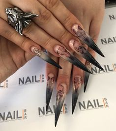 Long Stiletto Nails, Gothic Nails, Nail Room, Nail Gun, Glo Up, Halloween Nail Art, Nail Arts, Swag Nails, Claws