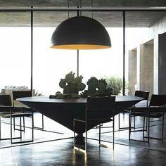 Sonoma Modern Home, Califórnia. Projeto do designer Jeffrey Alan Marks. #interiores #arquiteturaeinteriores #arte #artes #arts #art #artlover #design #interiordesign #architecturelover #instagood #instacool #instadaily #furnituredesign #design #projetocompartilhar #davidguerra #arquiteturadavidguerra #shareproject #dinigroom #diningroomdesign #jeffreyalanmarks #californiadesign
