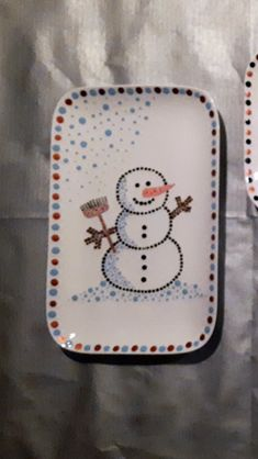 China Painting, Dot Painting, Pottery Painting, Ceramic Painting, Homemade Gifts, Christmas Decorations, Dots, Craft Ideas, Crafts
