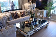 Modern Home Decor Interior Design Home Living Room, Interior, Living Room Decor Apartment, Decor Interior Design, Home Decor, Apartment Decor, Interior Design, Living Decor, Home And Living