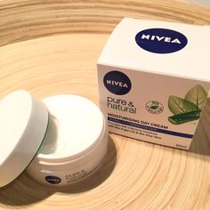 Nivea Pure & Natural Moisturising Day Cream
