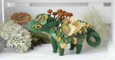 Felt dragons by Alena Bobrova