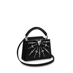 LOUIS VUITTON Official USA Website - Discover Louis Vuitton's luxury top handle bags for women, compact purses made with outstanding craftsmanship & high quality materials. Louis Vuitton Collection, Louis Vuitton Store, Vintage Louis Vuitton, Louis Vuitton Handbags, Purses And Handbags, Miu Miu, Luxury Bags, Luxury Handbags, Vuitton Bag