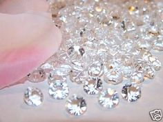 Edible Sugar Diamonds to bling out your cake creations. #EdibleGlitter