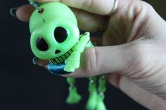 Ohh me moerdee~ ouch! >.O !! #skull #puppet #bite