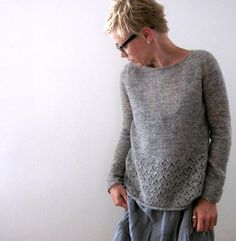 Knitting instructions Amory by Isabell Kraemer – – Isabell Krämer – - Cardigan stricken Christmas Knitting Patterns, Knit Patterns, Universal Yarn, Dress Gloves, Paintbox Yarn, Arm Knitting, Yarn Brands, Pulls, Knitting Projects
