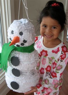 How to make a snowman pinata - so simple, and SO much fun! frozen party pinata