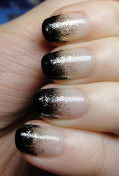 Black & silver gradient nails. Daiso creme black sponged on  Tins Spicy Pinheel over the edge of black, Poshe TC.