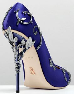 Ralph & Russo Pink/Gold/Burgundy Comfortable Designer Wedding Bridal Shoes Silk Eden Heels Shoes For Wedding Evening Party Prom Shoes UK 2019 From Alegant_lady, GBP High Heels Boots, Low Heel Shoes, Black High Heels, Shoe Boots, Black Prom Shoes, Stilettos, Pumps Heels, Stiletto Heels, Shoes Sandals