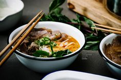 Bun Bo Hue Recipe: The Spicy Vietnamese Noodle Soup You Never Knew You Loved. Make sure fish sauce is glutenfree. Bun Bo Hue Recipe, Fun Cooking, Cooking Recipes, Bo Bun, Asian Recipes, Ethnic Recipes, Asian Foods, Saveur, Soups And Stews