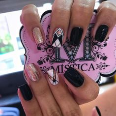 Wedding Nails-A Guide To The Perfect Manicure – NaiLovely Perfect Nails, Gorgeous Nails, Fish Scale Nails, Toe Designs, Nail Art Designs, Pink Wedding Nails, Queen Nails, Gel Nagel Design, Crazy Nails