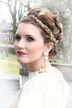 Hair and makeup: www.kittywinkvintage.co.uk Photograph: Julianne Noon Photography