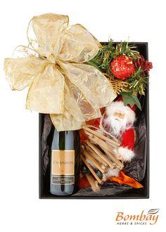BOMBAY HERBS & SPICES:Kit de Natal com champanhe chandon e enfeites de natal - cód.3927  R$ 90,00