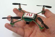 2014年の初めごろには発売の見通し、ということらしいですよ!14のセンサー内蔵、手のひらサイズのカメラ付きクアドロコプター「M...