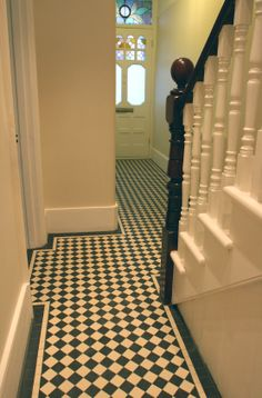 New mosaic tiled hallway in Barnes, London, SW13  Supplied as sheeted 5cm black and white mosaics by www.mosaicsbypost.com Chequer mosaic from £98.50 sq.m