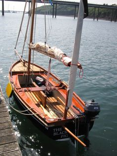 Brokerage - Hand built traditionally styled, gaffed-rigged boats of distinction