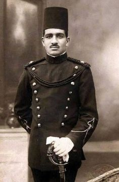 Major General Mohamed Naguib first President of Egypt after the revolution of July 23 when he was an officer in the Royal Guard 1923 Rare Photos, Vintage Photos, Cool Photos, Interesting Photos, Old Egypt, Ancient Egypt, President Of Egypt, Egyptian Kings, Major General