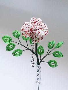 Růže červenobílá – Potvor - pomáhat tvořit