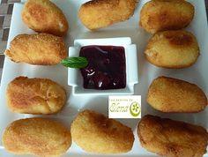 Croquetas de queso blanco  http://www.lospostresdeelena.com/2010/12/croquetas-de-queso-blanco.html