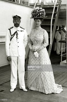 1911, HM,King George V and his Consort Queen Mary ~ spectacular feathered hat worn by Queen Mary in 1911(Photo by Popperfoto/Getty Images) My dear, that hat!