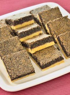 Czech Recipes, Ethnic Recipes, Drip Cakes, Sponge Cake, Dessert Recipes, Desserts, Tiramisu, Food And Drink, Low Carb