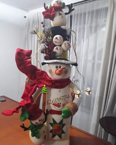 Clay Crafts, Diy And Crafts, Christmas Clay, Christmas Patterns, Christmas Decorations, Holiday Decor, Snowmen, Christmas Stockings, Home Decor