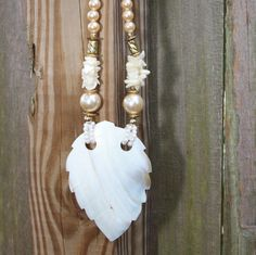 Vintage mother-of-pearl necklace by VintageJewelryMagic on Etsy